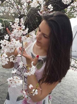 Izabela_Japan